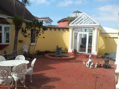 Photo for Large family friendly holiday home close to Wexford Beach