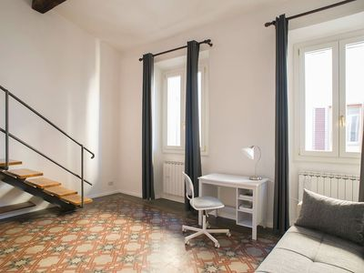 Photo for Bright and Spacious Apartment in the Heart of Florence, next to Signoria Square