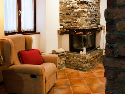 Photo for Spacious Rustic Heart apartment in Barni with WiFi.