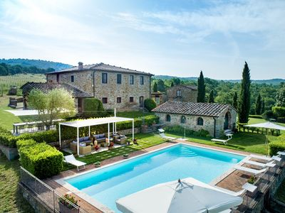 Photo for Villa La Colonna - Amazing stone farmhouse with pool