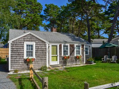 Shad Hole 254- Neat and clean 3 bedroom cottage, .2 miles to Sea st beach