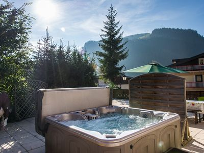 Photo for Ours apartment for 10 with Hot tube