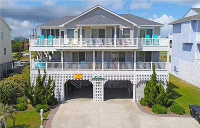 Photo for Hatteras Island Escape- Pool, Hot Tub, Game Rm, Luggage Lift, Easy Beach Access