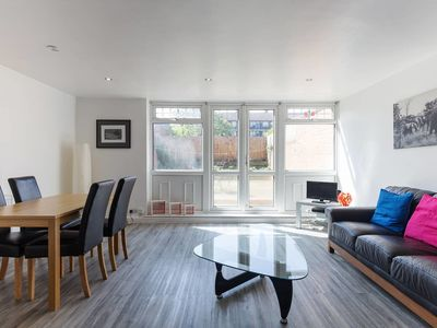 Photo for Modern & Bright 3 bed w/garden 5 mins to tube