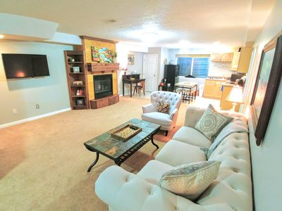 Photo for Spacious private 2bd downstairs guest apartment