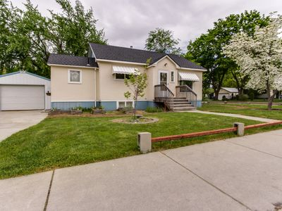 Photo for Spacious dog-friendly home with a fenced backyard - close to the river