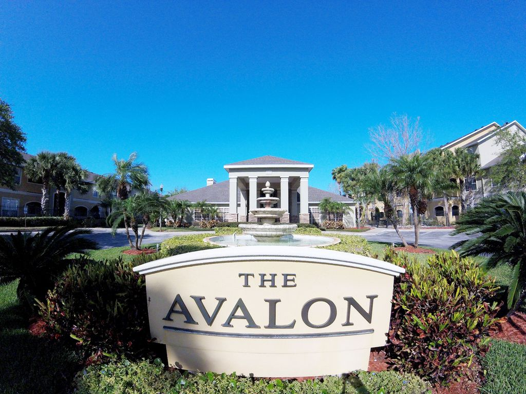 1 Bedroom Luxury Condo At Avalon At Clearwater Clearwater