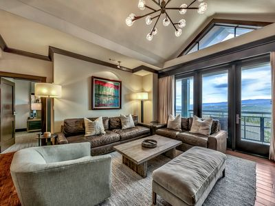 Photo for Must See Luxury Vacation Residence - Sleeps 10