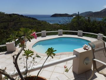 Perfectly Located Villa, Pool, 2 Bedrooms + Apartment, A/C, WIFI, Pigeon Point.