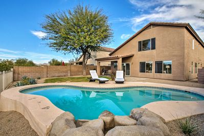 Book your Phoenix-area escape to this 4-bed, 3-bath vacation rental house!