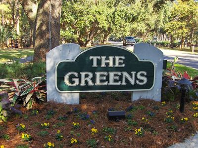 The Greens entrance in Shipyard Plantation