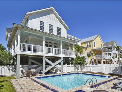 Photo for Nightly Stays Aug-Sept* FREE LINENS! Short Walk to Beach, Private Pool