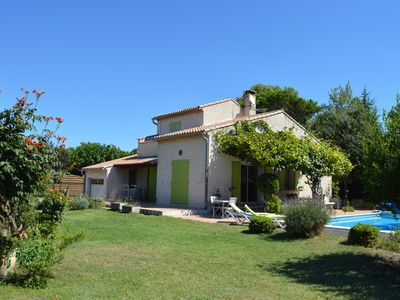 Photo for Provencal house with pool and garden in the Alpilles