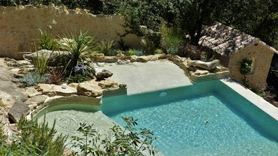 Photo for Provencal villa with pool in the heart of Luberon