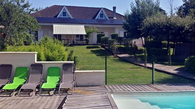 Photo for Florine, beautiful holiday home with private heated swimming pool in the Lot et Garonne.