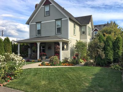 Photo for Charming 4B/4.5Ba Victorian great for Wedding Guests & Multi Family Stays