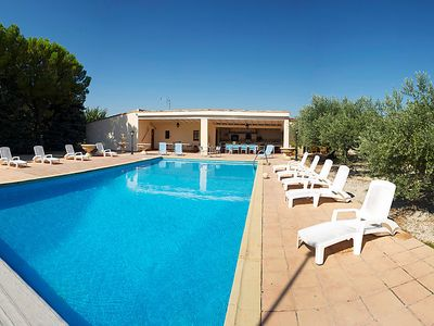 Photo for 3 bedroom Villa, sleeps 6 in Cucuron with Pool