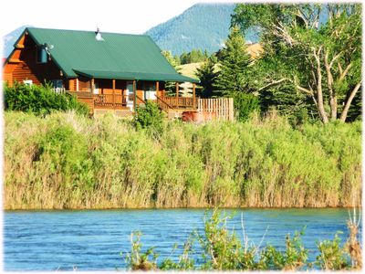 Photo for Cozy Cabin on Yellowstone River - Hot Tub!