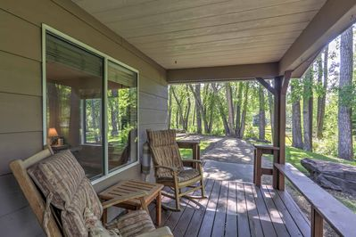 This relaxing 2BR, 1BA vacation rental house is the ultimate Mancos getaway!