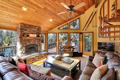 Cozy cabin feel with all the space you need!
