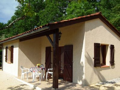 Photo for Detached house with dishwasher in south Dordogne