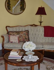 Parlor, enjoy friends and family as you visit