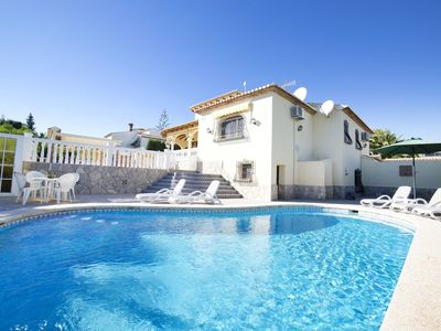 Photo for Wonderful private villa for 9 guests with WIFI, private pool, A/C, TV and parking