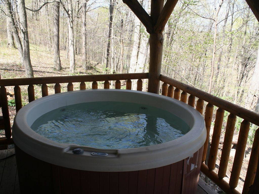 Hocking Hills Rental Homes With Pool