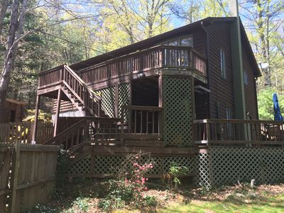 Photo for 3-Br (5 beds) 2-Ba House in mtns near town. In mtns near town! Hot tub!