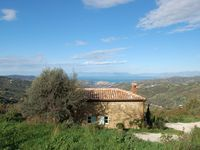 A peaceful oasis in the Cilento hills with beautiful views and lovely hosts