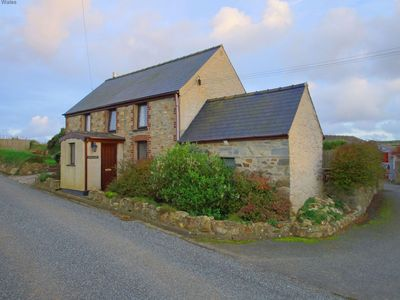 Photo for Sea Views, great cottage near Porthgain