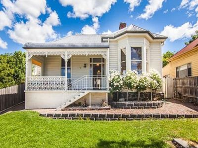 Photo for Campbell Cottage: Renovated Victorian cottage with parking near Launceston's CBD