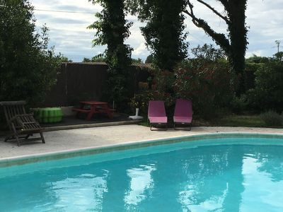 Photo for Near Avignon beautiful apartment in house, private terrace, swimming pool (5x10)