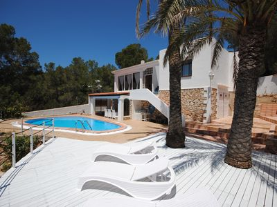 Photo for Private Villa with Pool, only 400m from Cala Gracio Beach