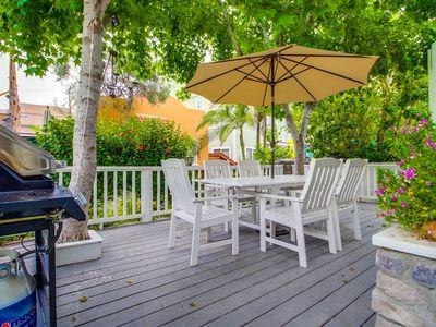 Nantucket Style Beach Home w/ Private Ground Floor Deck, BBQ, Fireplace!
