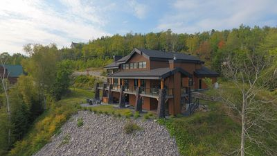 Photo for Ilaali: Lodge-Style Chic Decor And Panoramic Views Of The St-Lawrence River