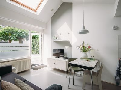 Photo for Beautiful garden apartment in beautiful Bergen with terrace on the south