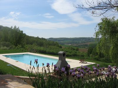 BBQ, swimming pool and view