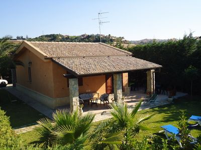 Photo for Near CEFALU' nice independent villa with garden and pool, 200 mt from the beach