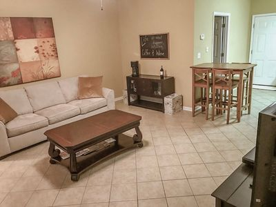Spacious condo with wine & coffee bar, conveniently located close to shopping