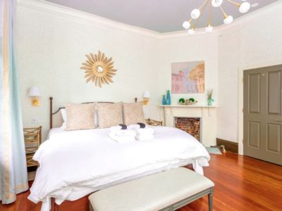 Photo for ★ The Inns at 154 Spring - Amazing 2 BR / 1 BA ★