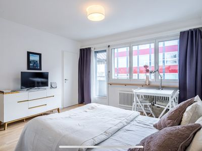 Photo for Cozy & central apartment in the heart of Zurich
