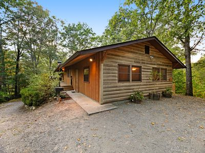 Photo for Rustic cabin with deck, picnic table & hot tub - recreation room in basement!