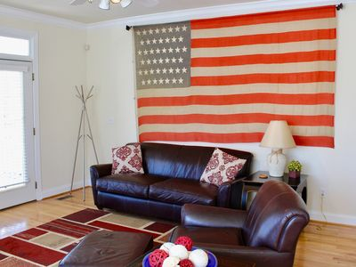 Comfortable Charlottesville Town House