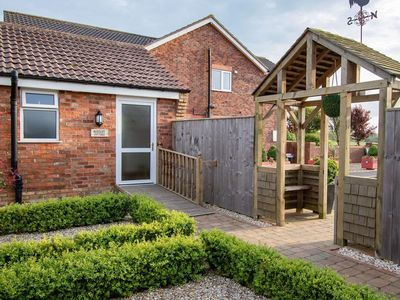 Photo for 2 bedroom accommodation in North Somercotes, near Louth