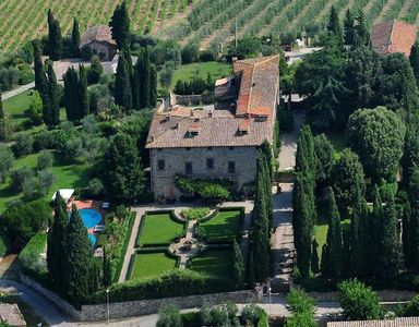 Photo for 7 bedroom Villa, sleeps 14 in Cortine with Pool and WiFi