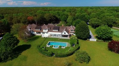 Photo for 9BR Estate Vacation Rental in East Hampton, New York