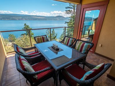 Photo for Luxury Pointe Beach Villa - Lake Okanagan Resort - Great View!