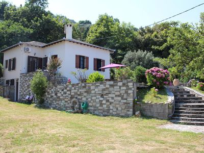 Photo for Detached holiday house directly at the beach | Magnisia-Pelion, Thessalia