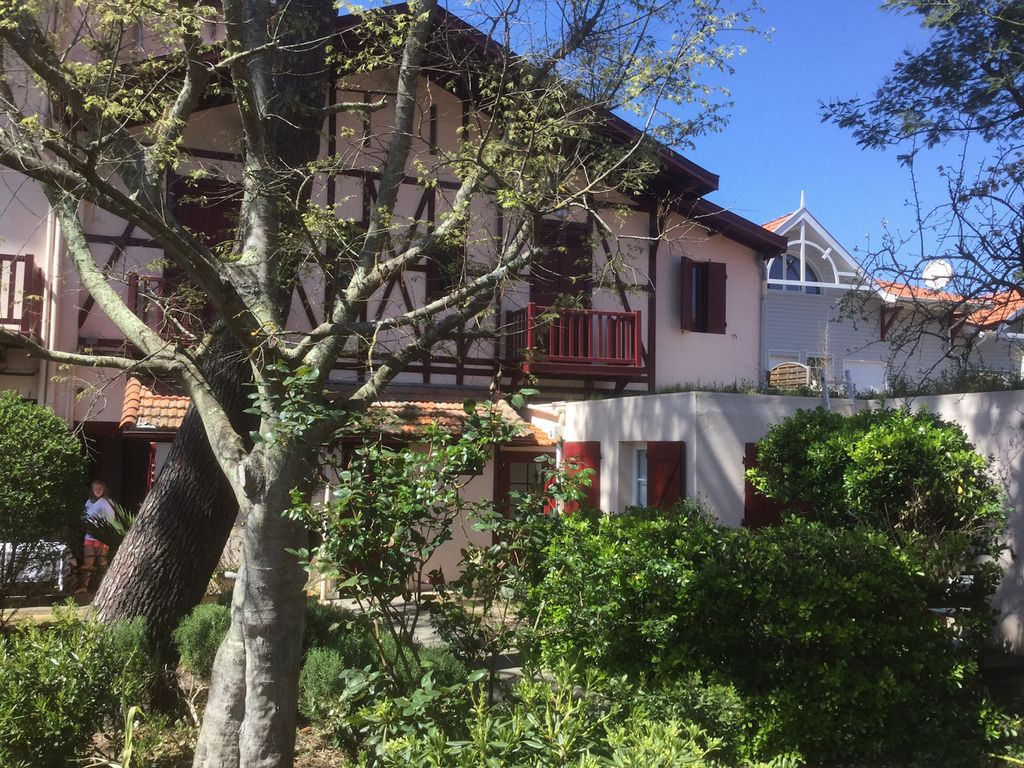Pleasant T2 Apartment With Garden Village Homeaway